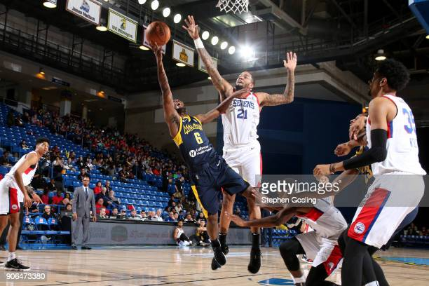 TraDeon Hollins of the Fort Wayne Mad Ants drives to the basket against the Delaware 87ers during a GLeague at the Bob Carpenter Center in Newark...