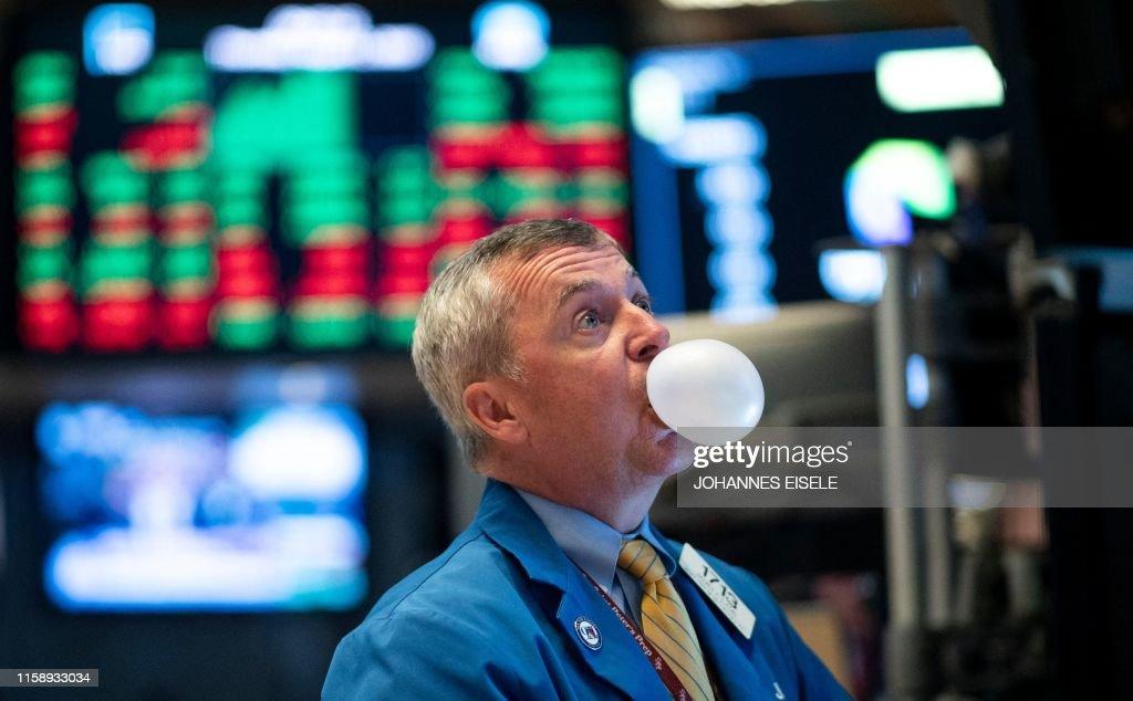 us-US-stocks-market-opening : News Photo