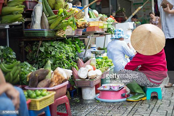 trader in the cho ben thanh market, ho chi minh - ho chi minh city stock pictures, royalty-free photos & images