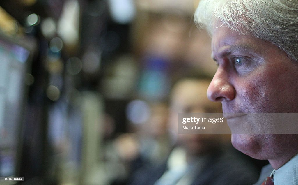 A trader works on the floor of the New York Stock Exchange May 27, 2010 in New York City. The Dow finished up 284 points to close at 10258.99 led by energy, technology and financial stocks.