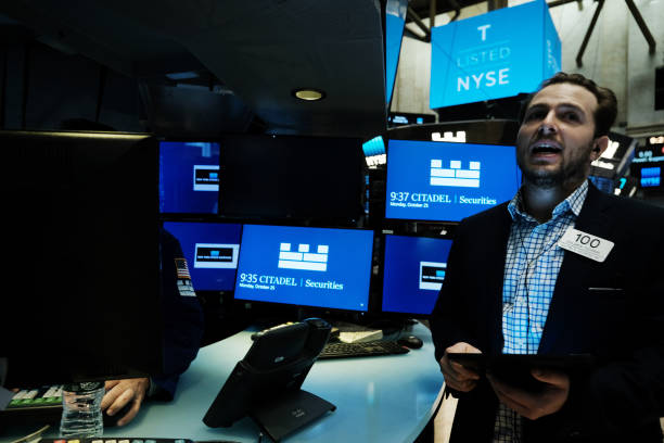 NY: Stocks Inch Up As Tech Companies Prepare To Release Quarterly Earnings