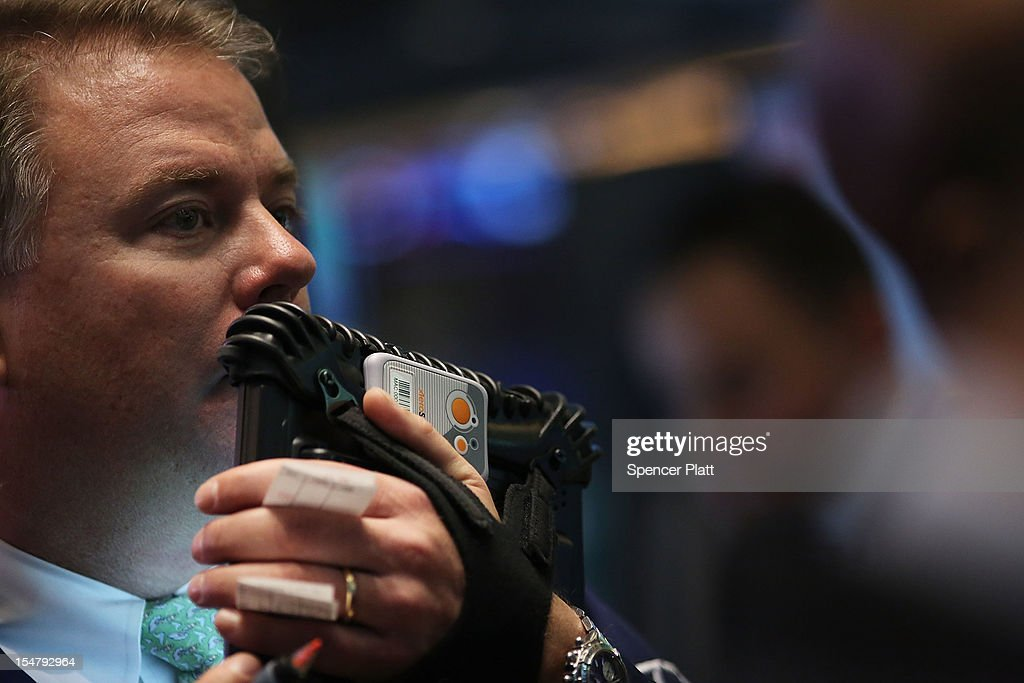 A trader works on the floor of the New York Stock Exchange on October 26, 2012 in New York City. Following the release of a stronger-than-expected report on U.S. economic growth, stocks rose in morning trading. According to government data, the Gross Domestic Product (GDP), the broadest measure of economic activity, rose at a 2% annual rate in the third quarter.