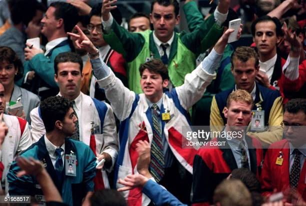 Traders on the floor of the London International futures exchange in early action 21 September 1992 after the result of the French referendum on the...