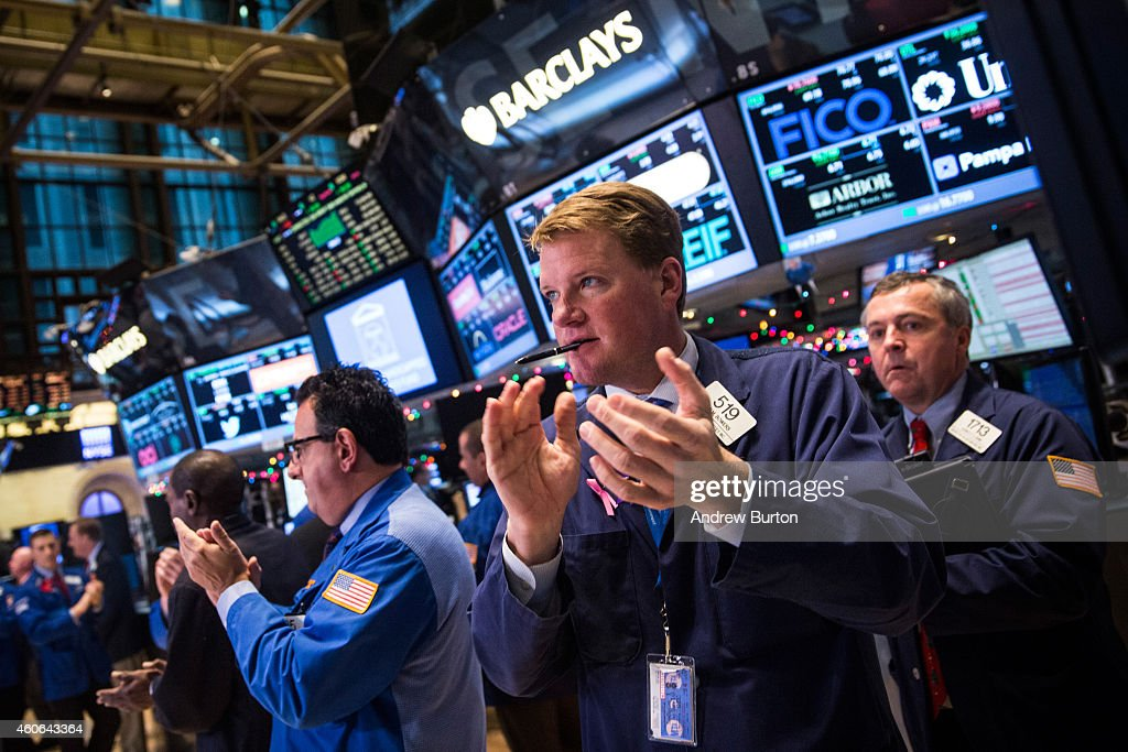 Dow Rises Over 400 Points Day After Fed Signals No Rise In Interest Rates : News Photo