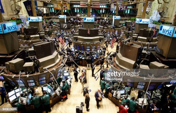 Traders work on the floor of the New York Stock Exchange in New York US on Wednesday Feb 6 2008 US stocks rose rebounding from the biggest drop in 11...