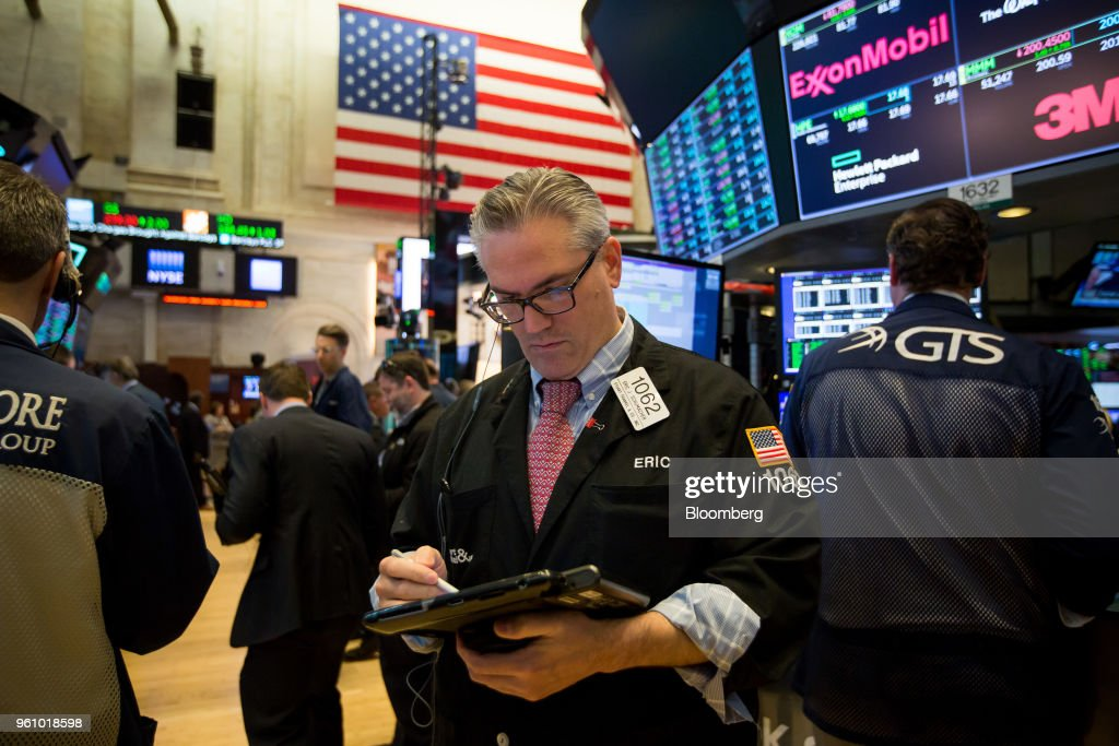 Trading On The Floor Of The NYSE As Stocks, Dollar Jump While China Trade Tensions Cool