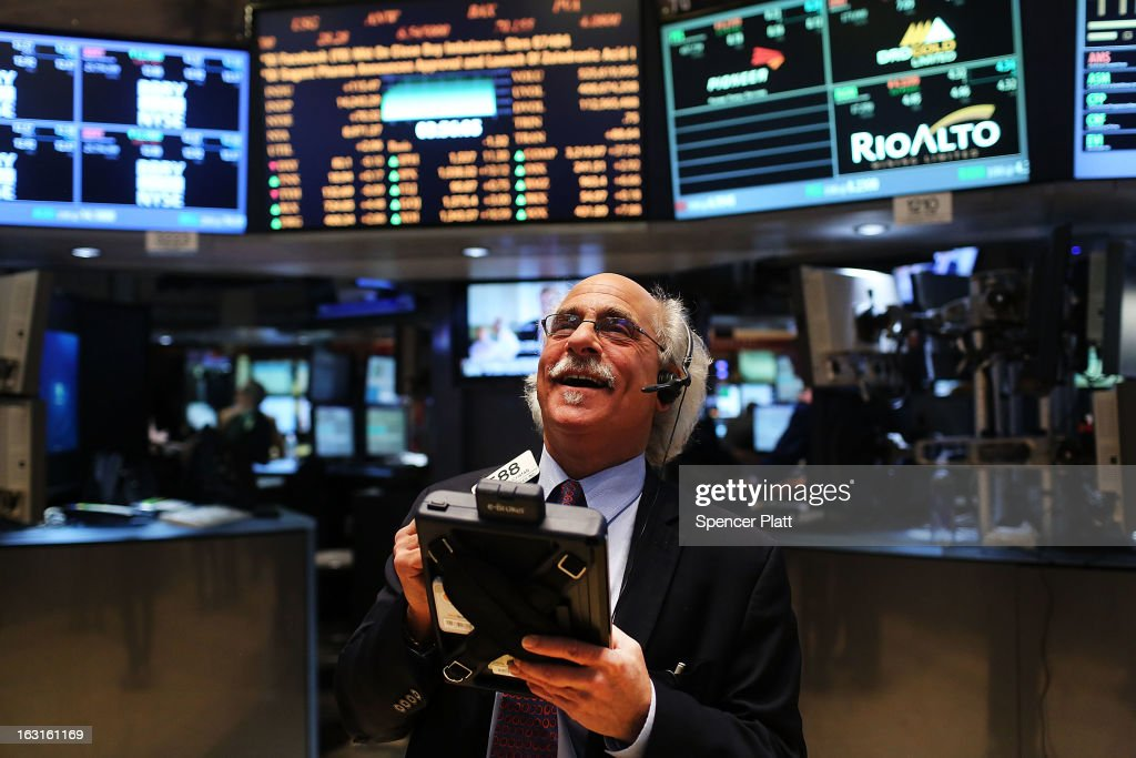 Dow Jones Average Makes Record Close : News Photo