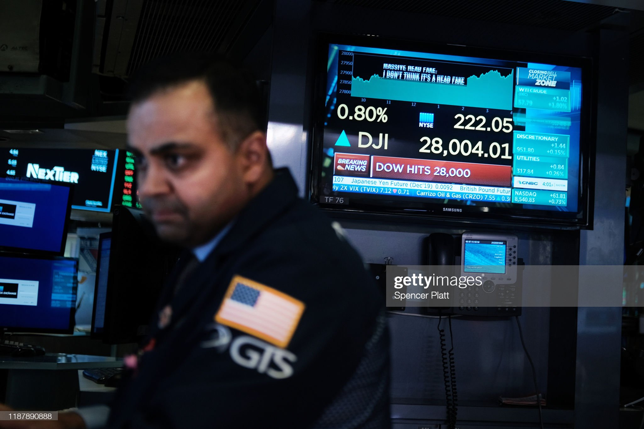 Dow Jones Industrial Average Closes At New High, Crossing Over 28,000 : News Photo