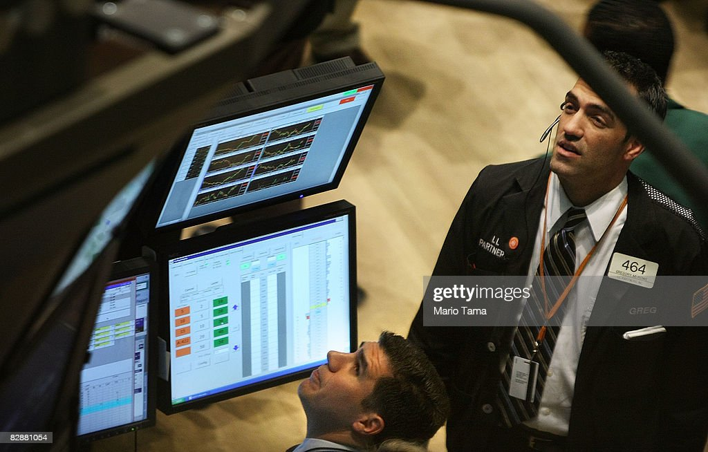 U.S. Stock Market Soars After Early Losses : News Photo