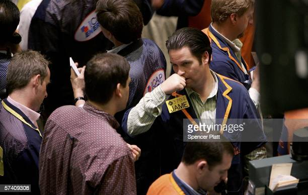 Traders work the pit on the floor of the New York Mercantile Exchange April 24 2006 in New York City Oil prices retreated following an alltime high...