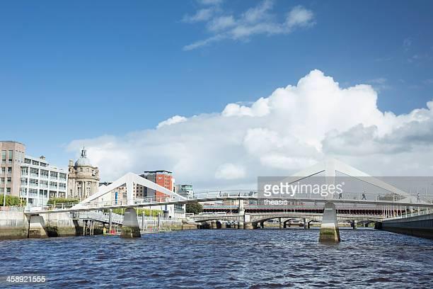 tradeston bridge, glasgow - theasis stock pictures, royalty-free photos & images