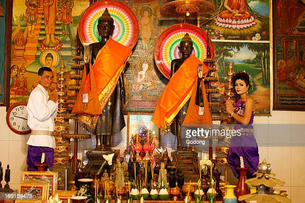 Tradional cambodian wedding in a buddhist pagoda