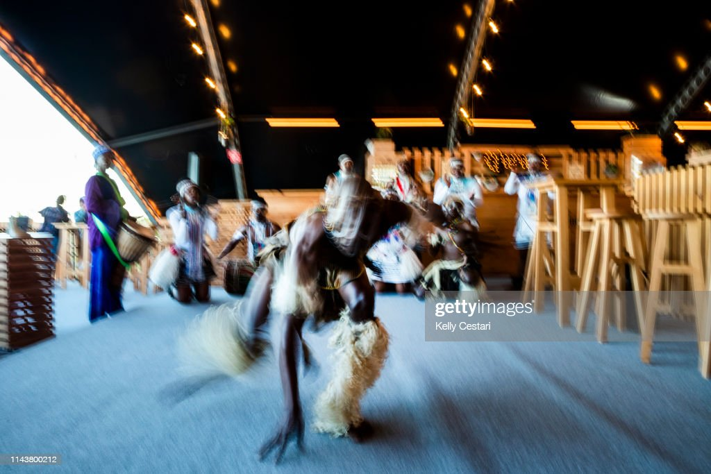 Traditioanal African dancers opening the 2018 Corona Open J