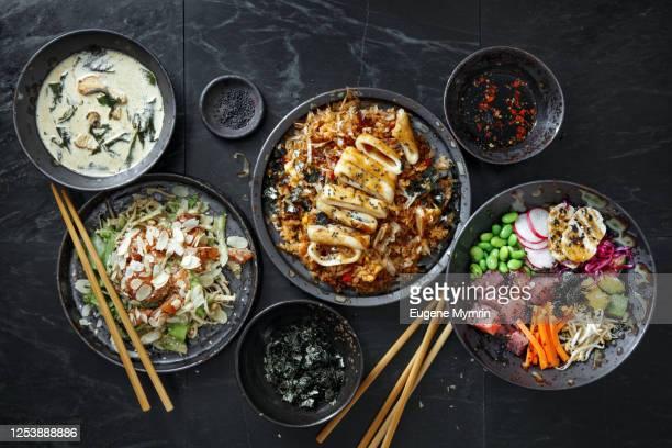 tradition japanese dishes for family dinner. - washoku fotografías e imágenes de stock