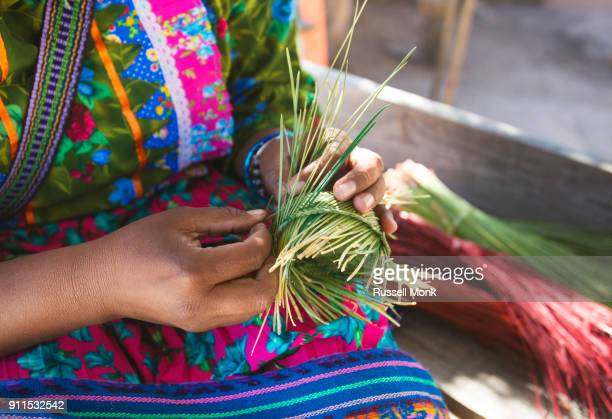 tradition - tarahumara fotografías e imágenes de stock