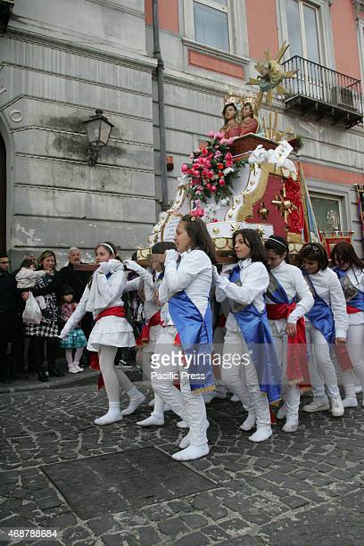 A tradition that has continued for five centuries reflecting the first miracle of Our Lady bleeding were the devotees dressed in white and barefoot...