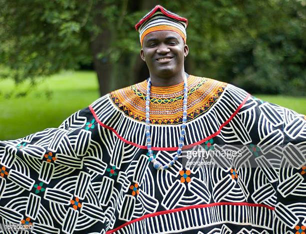 traditional african dress - traditional clothing stock pictures, royalty-free photos & images