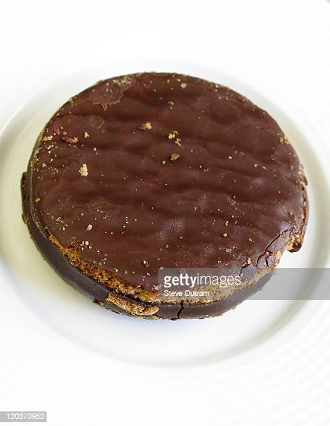 A traditional Alfajor dessert