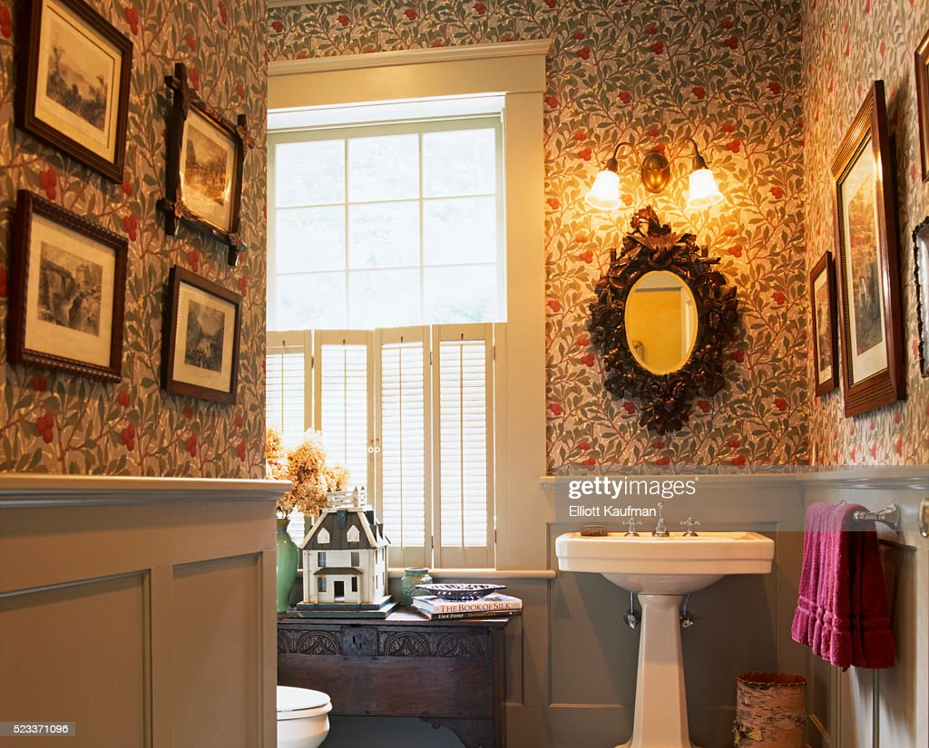 Traditional Bathroom In Cherry Tree Print Wallpaper Stock Photo Getty Images