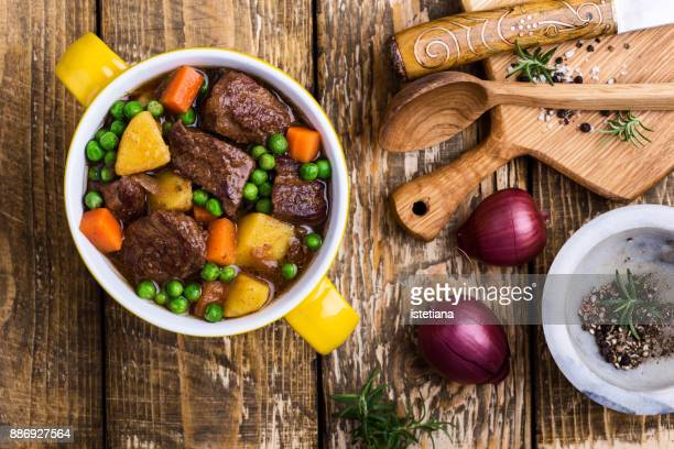 traditional british dishes. beef and vegetable stew - british culture stock pictures, royalty-free photos & images