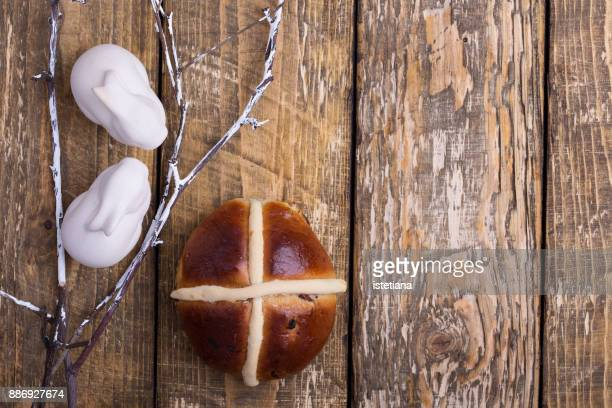Traditional British Dishes. Easter hot cross bun
