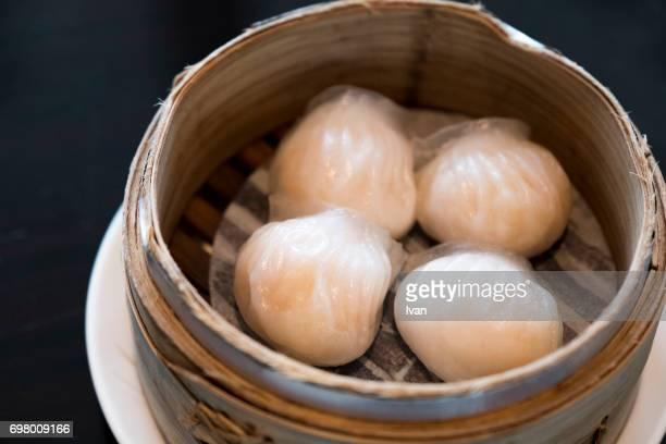 Traditional Chinese, Hongkong Food, Shrimp balls in bamboo steamer