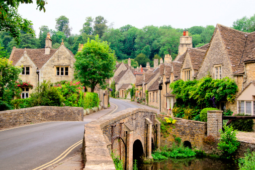 Traditional Cotswold village, England 177096616