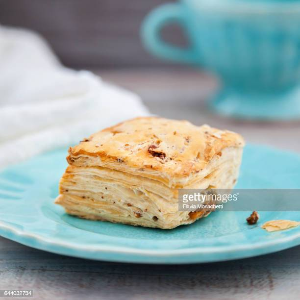 Traditional crackling biscuit