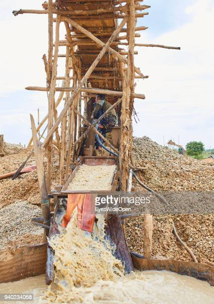 BANJARMASIN KALIMANTAN / BORNEO INDONESIA OCTOBER 30 2013 Traditional Diamond Mining at Cempaka Mine one of the largest Mines in the Country on...