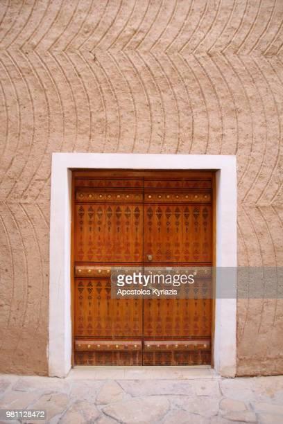 traditional door - saudi arabia stock photos and pictures