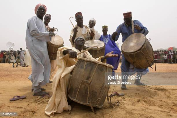 Traditional drummers perform for Emir on March 18 2004 at the Argungu Fishing Festival in Argungu Nigeria The Argungu Fishing Festival was first held...