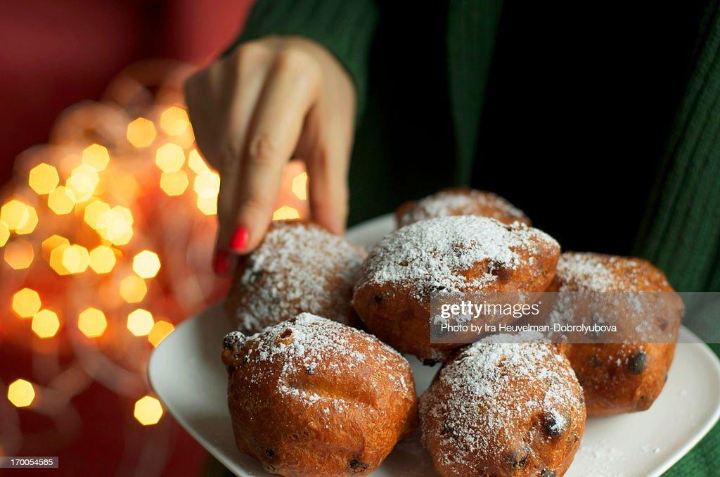 Traditional dutch oliebollen donuts : Stockfoto