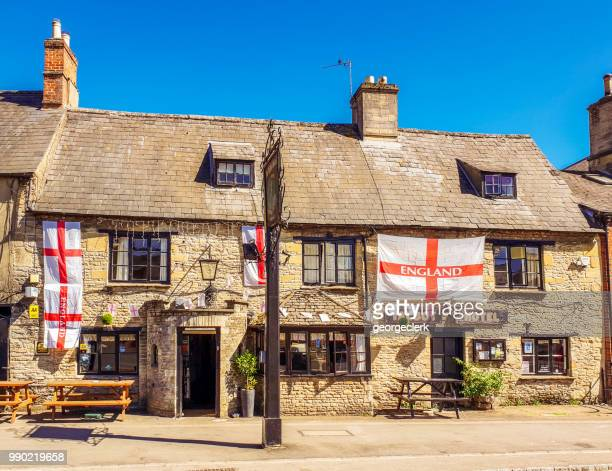 traditional english pub in the cotswolds - bampton stock pictures, royalty-free photos & images