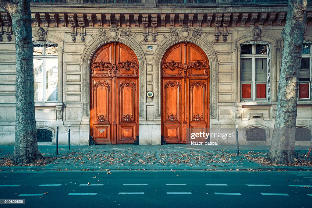 Traditional European wood gate in the boulevard of Paris : Photo