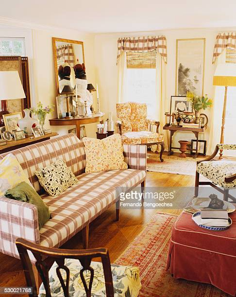 Traditional Furnishings in Living Room