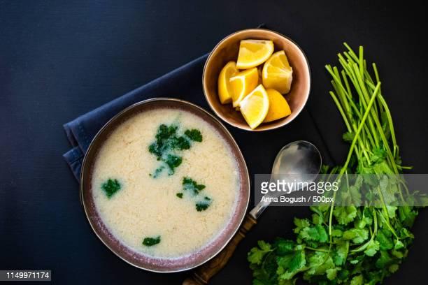 traditional georgian chicken soup - caldo pollo fotografías e imágenes de stock