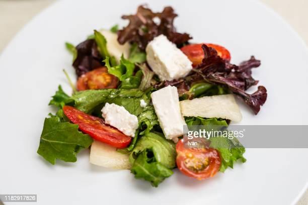 traditional greek feta salad - 熟した ストックフォトと画像