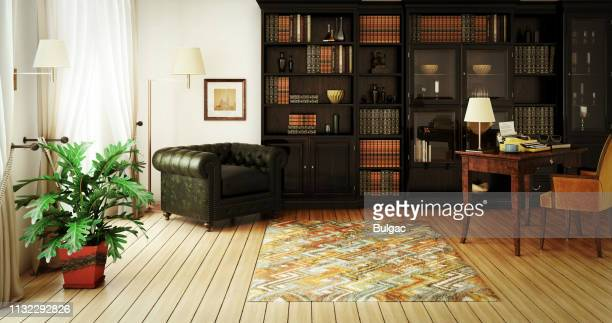 traditionele home library interieur - elegantie stockfoto's en -beelden