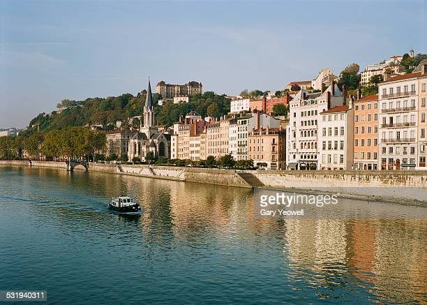 traditional houses reflected in the rhone, lyon - ローヌ県 ストックフォトと画像
