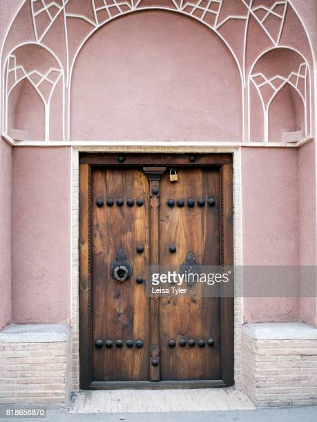 30 Top Male And Female Door Knockers Pictures Photos Images