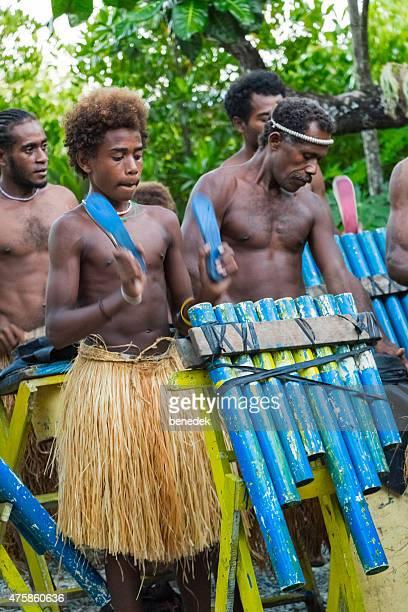 伝統的なパンパイプ楽隊舞台にソロモン諸島民族文化 - ソロモン諸島 ストックフォトと画像