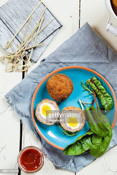 traditional scottish snack food mini scotch eggs - cultura escocesa imagens e fotografias de stock