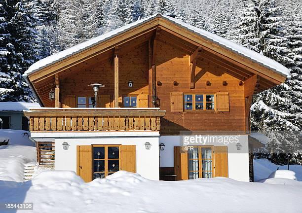 Traditionnelle de montagne recouverts de neige (XXXL)