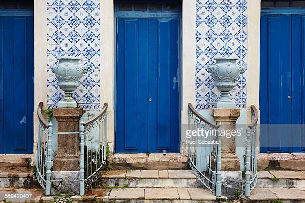 traditional tiled facade with vases - sao luis stock pictures, royalty-free photos & images