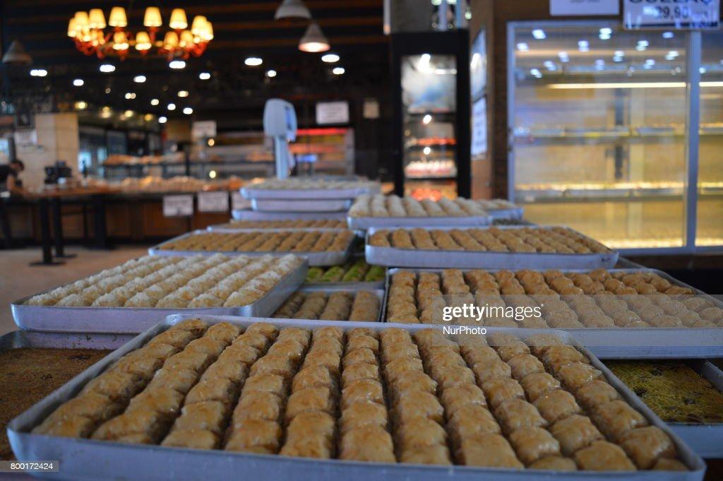 Fantastic Turkey Eid Al-Fitr Food - traditional-turkish-desserts-are-pictured-at-a-bakery-ahead-of-eid-picture-id800172424?k\u003d6\u0026m\u003d800172424\u0026s\u003d612x612\u0026w\u003d0\u0026h\u003dCgMZRtG2JSWJW7UsflbRpKh58MD21IZfRYdGcdraTn8\u003d  Snapshot_394351 .com/photos/traditional-turkish-desserts-are-pictured-at-a-bakery-ahead-of-eid-picture-id800172424?k\u003d6\u0026m\u003d800172424\u0026s\u003d612x612\u0026w\u003d0\u0026h\u003dCgMZRtG2JSWJW7UsflbRpKh58MD21IZfRYdGcdraTn8\u003d