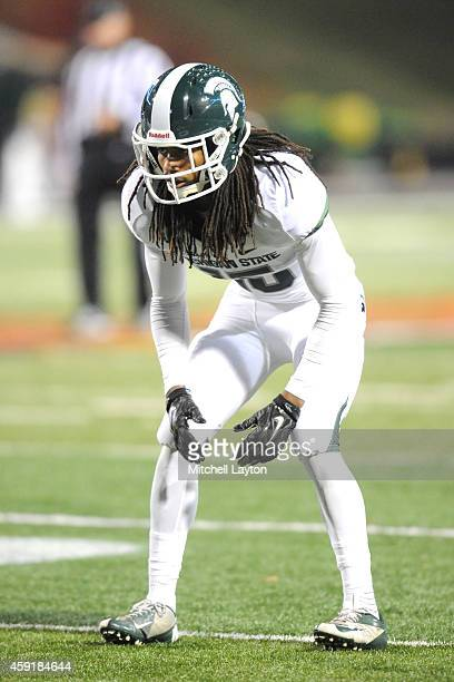 Trae Waynes of the Michigan State Spartans in position during a college football game against the Maryland Terrapins at Byrd Stadium on November 15,...