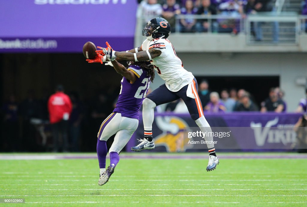Trae Waynes #26 of the Minnesota Vikings breaks up a pass to Josh Bellamy #15 of the Chicago Bears in the second quarter of the game on December 31, 2017 at U.S. Bank Stadium in Minneapolis, Minnesota.