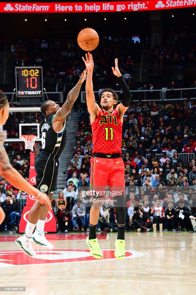 Milwaukee Bucks v Atlanta Hawks : News Photo