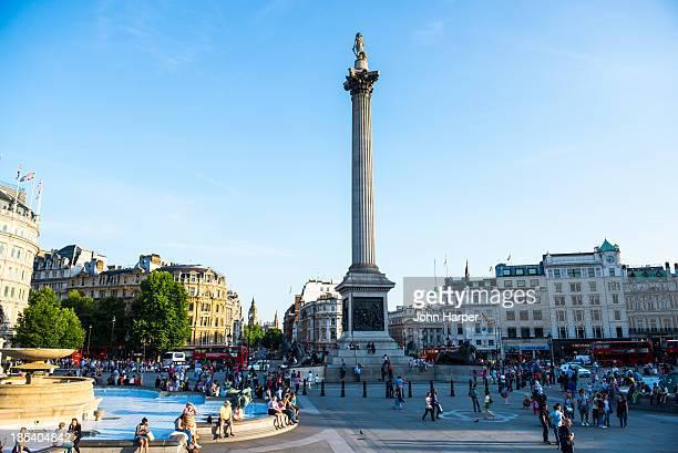 trafalgar square, london, uk - トラファルガー広場 ストックフォトと画像