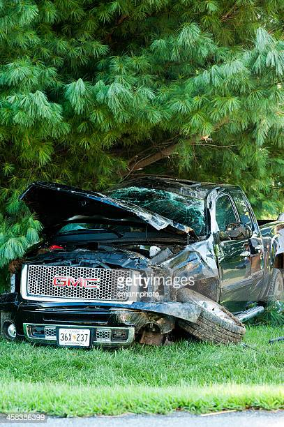 traffic accident - pick-up truck rollover - cmannphoto stock pictures, royalty-free photos & images